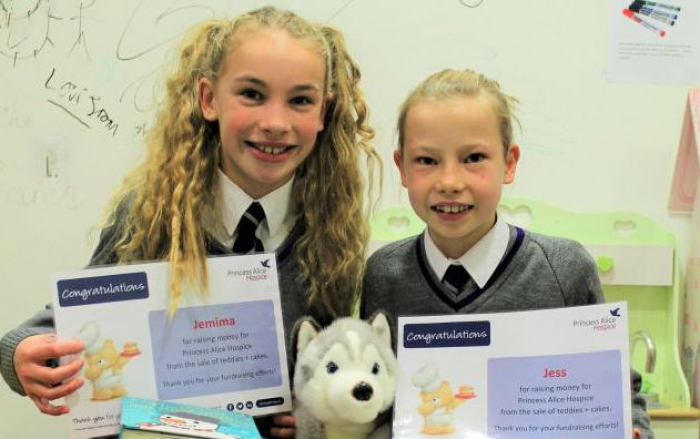 Year 6 girls raise funds for local hospice