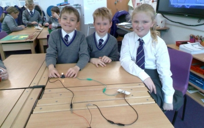 Year 4 learn about electricity
