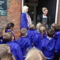 Year 1 head to Hampton Court